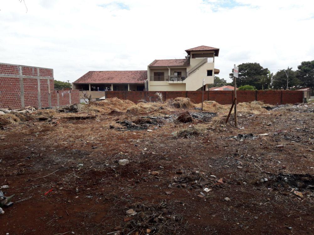 Terreno - Conjunto Habitacional Requião